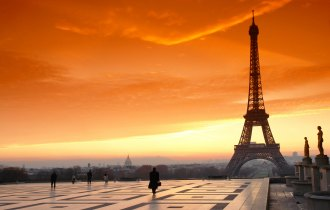 The-beauty-of-Paris-at-sunset