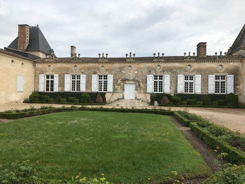 Chateau de Sales, Bordeaux